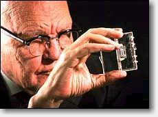 Джек Килби (Jack Kilby) и первая микросхема